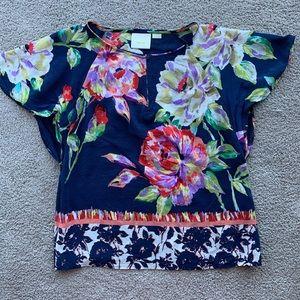Gorgeous 100% silk flutter sleeve top